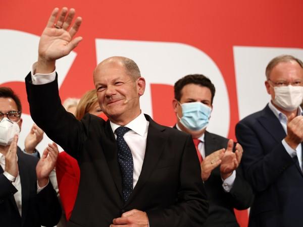 """Германските социалдемократи имат ясен """"мандат да управляват"""", заяви генералният секретар"""