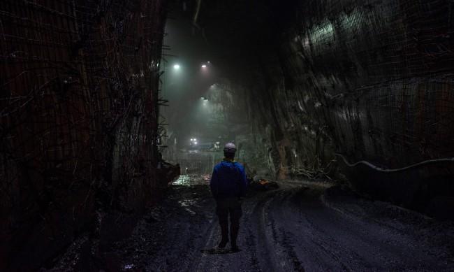 39 миньори са блокирани в шахта в Канада