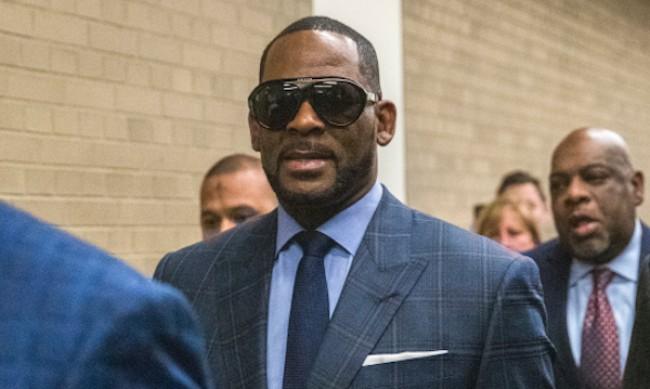 R.Kelly беше признат за виновен за сексуален трафик и изнудване