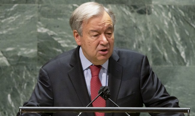 ООН: Заради COVID бедните в света ще станат с 224 млн. повече