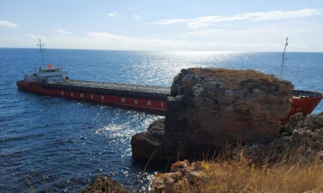 Кметът на Каварна: Корабът не е атракция за снимки