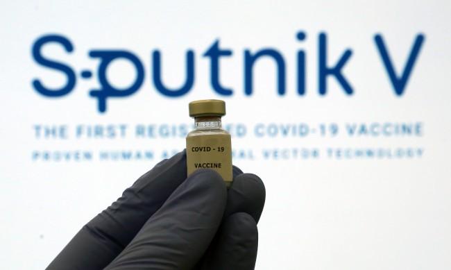 """Пречките пред регистрирането на """"Спутник V"""" в СЗО - премахнати?"""