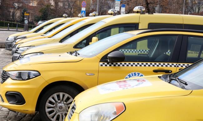 Ще остане ли София без таксита? Желаещи за шофьори няма