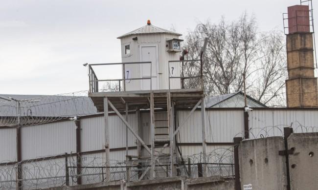 В Русия проверяват данни за изтезания и изнасилвания в затворите