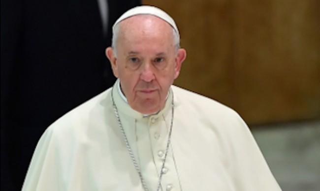 Папа Франциск засрамен от скандала с педофилите свещеници
