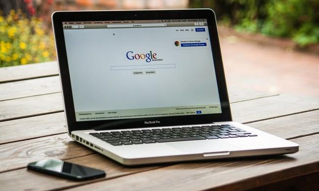 Google спира реклами до дезинформация за климата