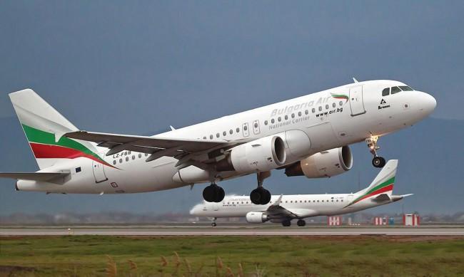 """""""България Еър"""" възстановява полетите си от и до Израел"""