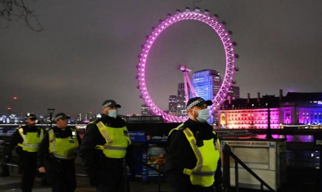 Без фойерверки на нова година в Лондон