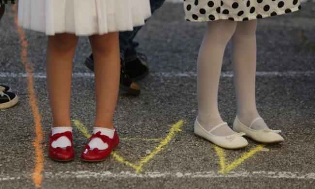Математик: Заразяването с COVID-19 при децата е рекордно
