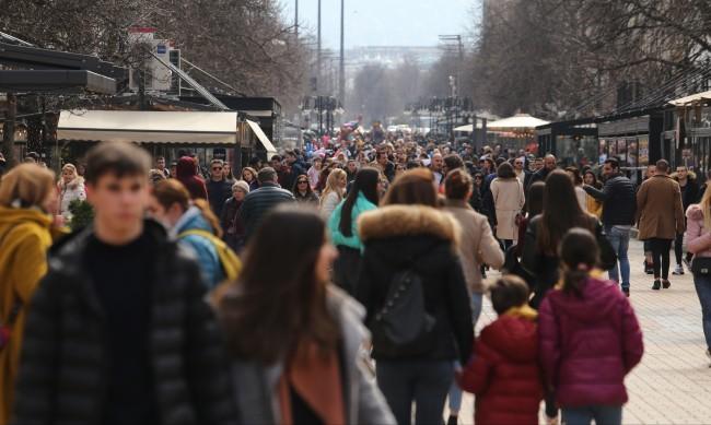 COVID кризата съживила търговските улици в София