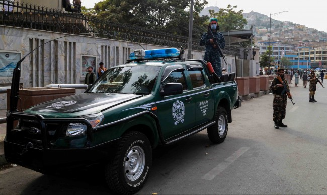 63 станаха жертвите при атентата в Кандахар