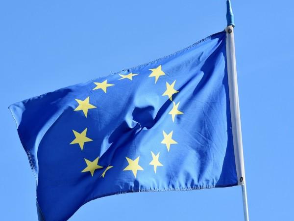 По-силна обща европейска политика, създаване на европейска армия и общи