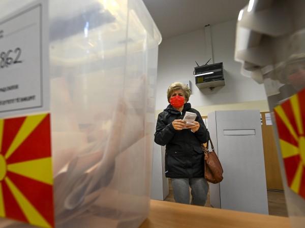Опозиционната ВМРО-ДПМНЕ обяви след вчерашния първи тур на местните избори