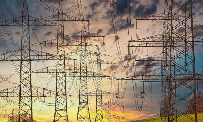 Велев: Заради скъпия ток икономиката спира, фалитите са неизбежни