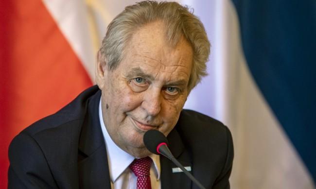 Разследват президентството на Чехия заради престъпление срещу републиката