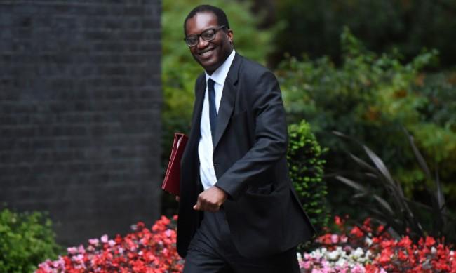 Британски министър: Спекулациите за нов локдаун са безпочвени