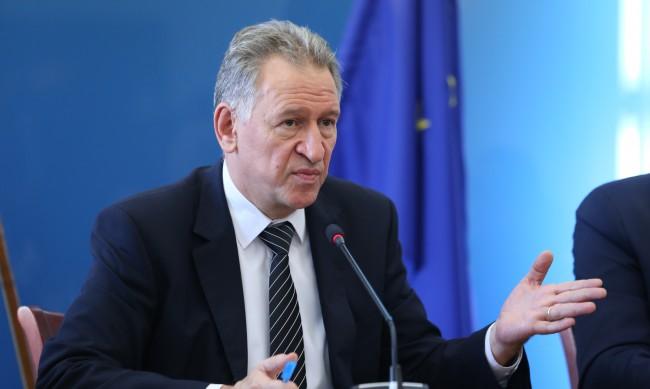 Кацаров: Пълният локдаун е единствената алтернатива на настоящите мерки