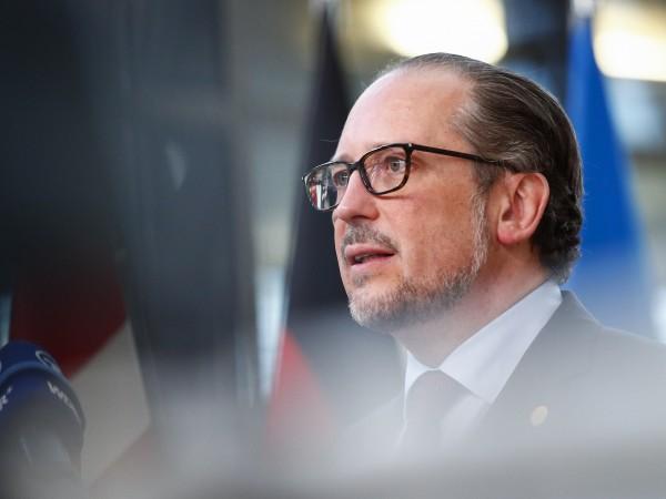 Австрия предвижда пълен локдаун за неваксинираните жители при нов скок