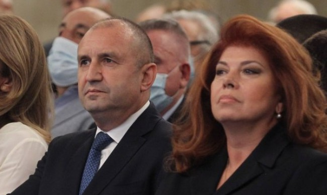 Радев свиква министрите заради COVID кризата