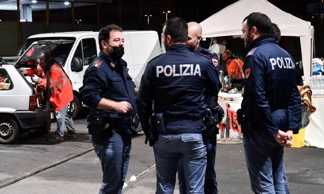 Албанец поиска да го вкарат в ареста, за да се спаси от жена си