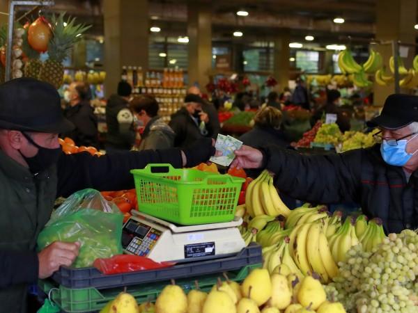 Румъния затяга от днес противоепидемичните мерки на фона на увеличение