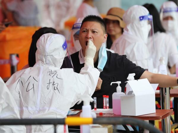 Китайските власти наложиха днес карантина на част от населението на