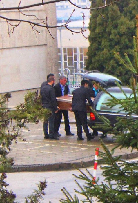 Велико Търново се прощава с убития Петър Христов