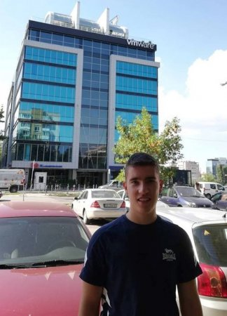 Най-младият работещ в IT индустрията е българин