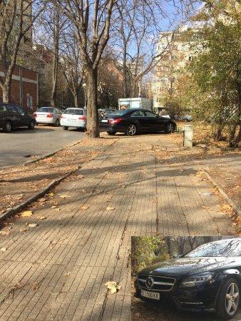 Успоредно паркиране – София