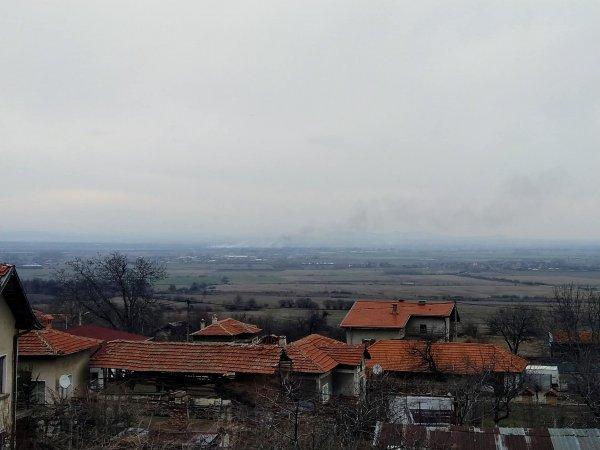 Пожар в пазарджишкото поле