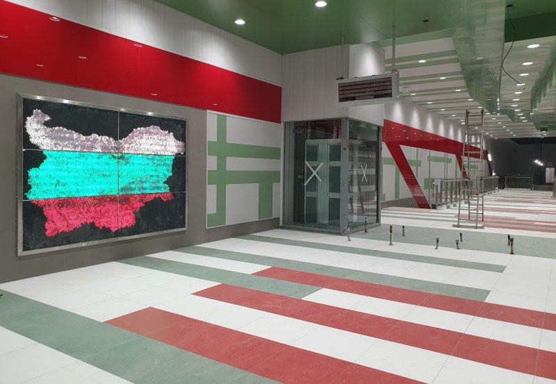 Наесен с песен и в третата линия на метрото: Централният участък готов на 80%