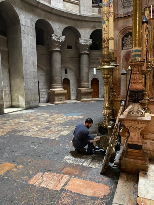 Преди да затвори: Помолиха се за България на Божи гроб