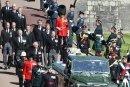 Великобритания се сбогува с принц Филип с минута мълчание